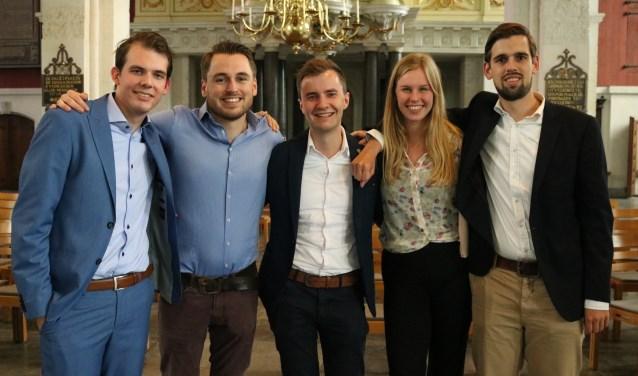 Het bestuur van de Jonge Democraten met daarin Marit Gorissen uit Barneveld