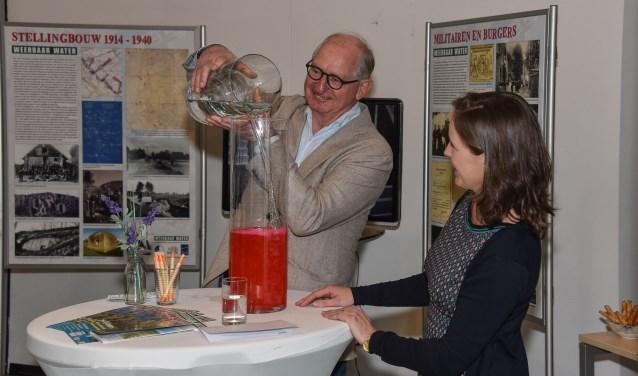 De expositie Weerbaar Water wordt geopend. Eigen foto