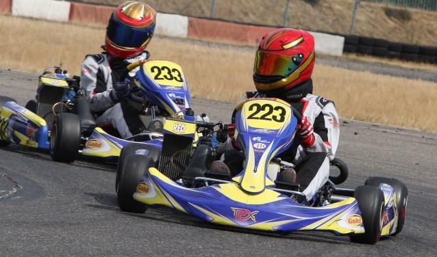 Karters Wesley Eckhardt (223) en Max Koster (233) van TPX Racing, beiden uit Spijkenisse (Foto: Blatter Media).