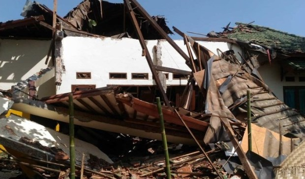 Het weeshuis Peduli Anak is deels vernietigd door de aardbeving.