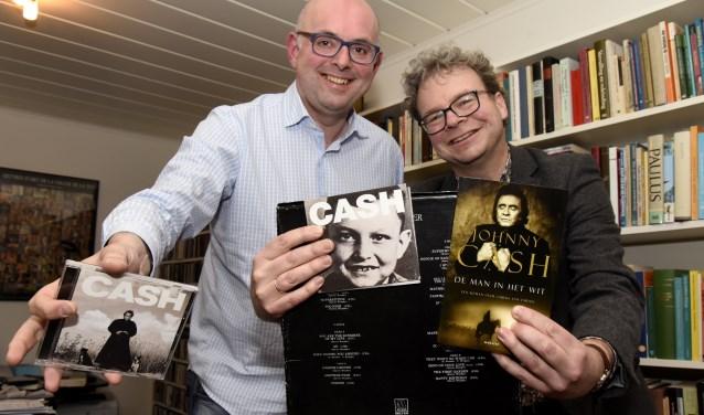 Martijn Vroom en dominee Kees van den Berg delen dezelfde muzikale passie van Johnny Cash. Foto: Marianka Peters