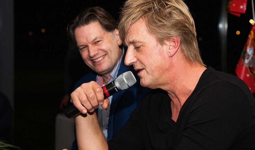 Wim Kieft en Eddy van der Ley tijdens eerste Sportthema-avond.