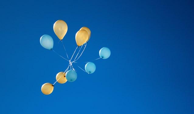 Het oplaten van ballonen is verleden tijd in de gemeente. (Foto STOCKFOTO)