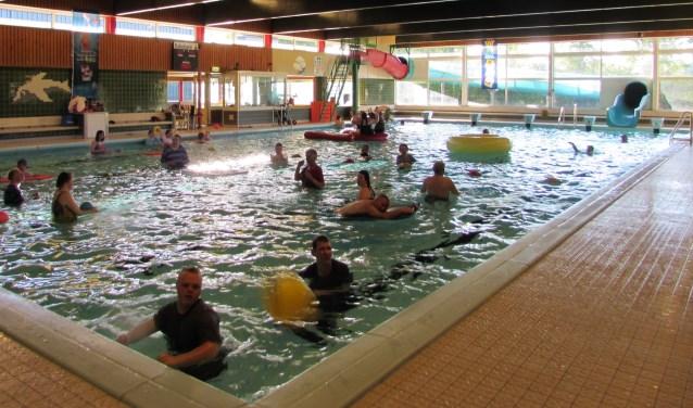 De Spetters is op zoek naar vrijwilligers voor bij het zwemmen.