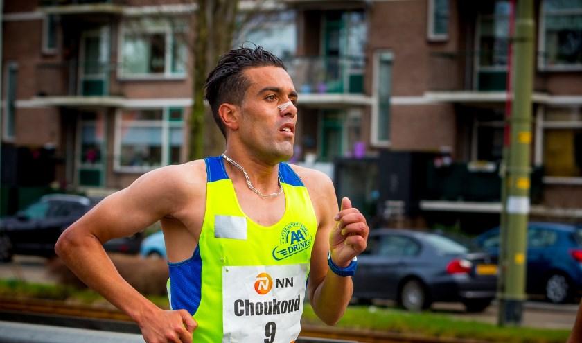 De Haagse atleet Khalid Choukoud loopt 10 maart de halve marathon.