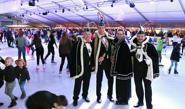 foto: foto vlnr Adjudant Fred, Prins Johan, Prinses Miranda en Prins Jimmy (foto Jan Wijten)