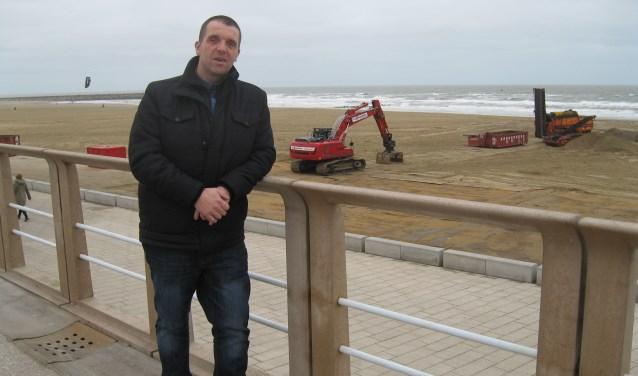 Als het aan Patrick Roos ligt, gaan de vreugdevuren op het strand volgend jaar gewoon weer door.