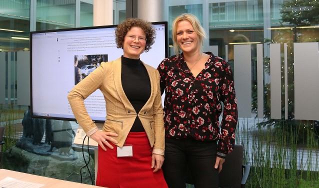 Froukje Boxman (l), programmamanager Economische Ontwikkeling, en Joke van Grootveld, relatiemanager Bedrijven. FOTO: Hanny van Eerden