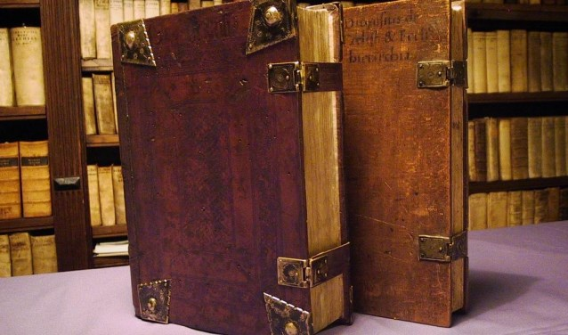 Heeft u oude, bijzondere boeken? Laat deze taxeren door Arie Molendijk.