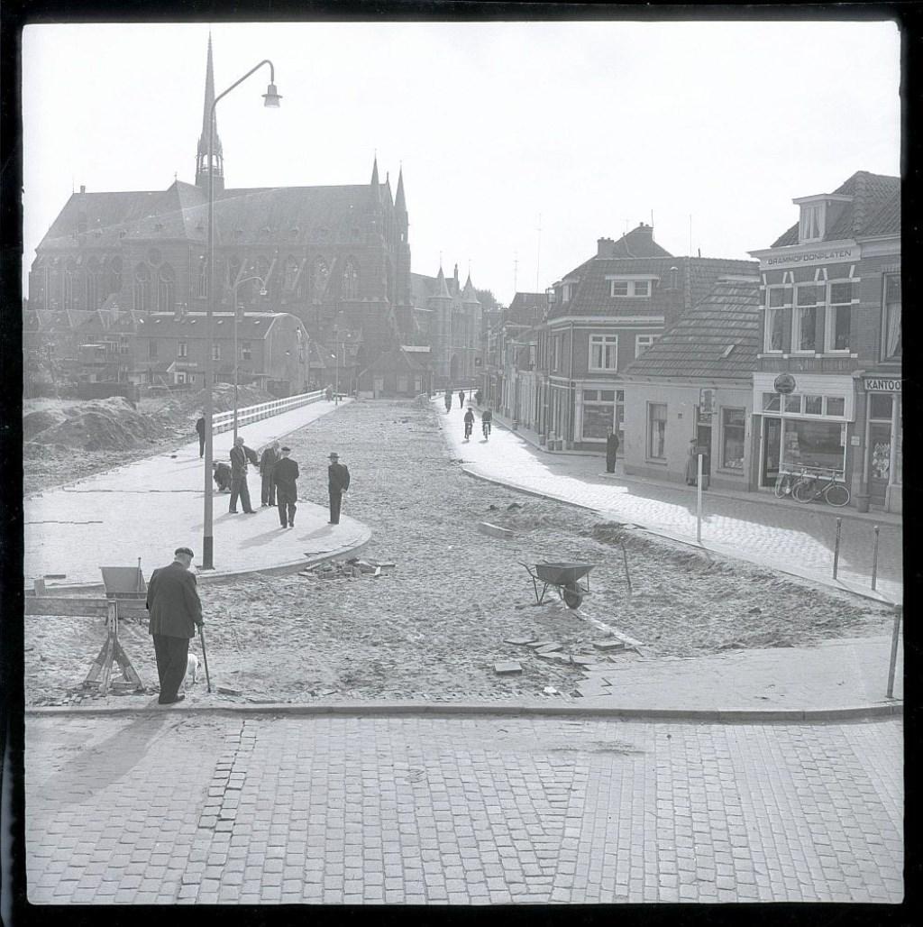Verbreding Assendorperstraat. Foto: Dolf Henneke, collectie Historisch Centrum Overijssel © Persgroep