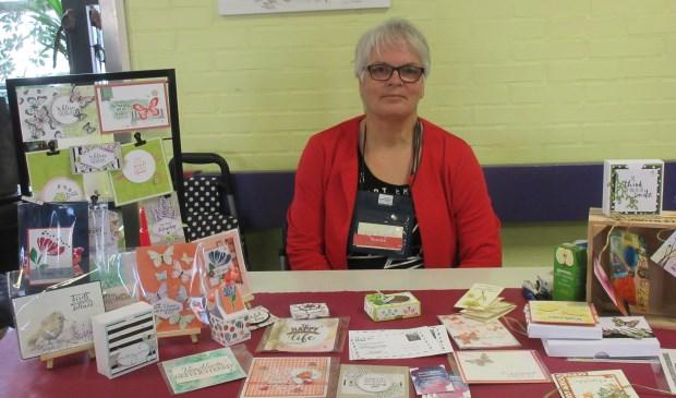 Tonnie Bakker organiseerde de Cursusmarkt samen met Vera Vandervesse. Foto: Ria van Vredendaal