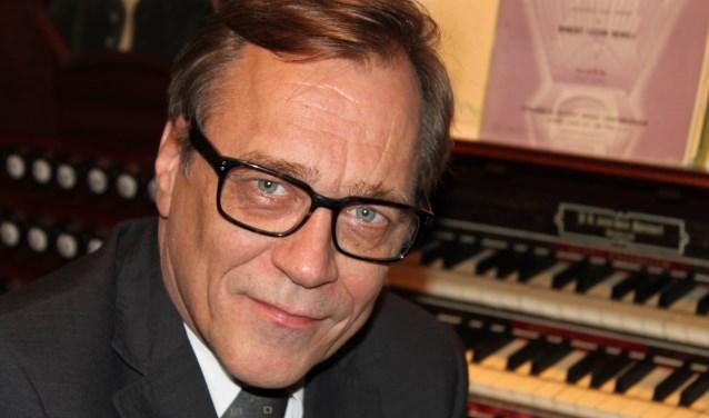 Christelijk Gemengde Zangvereniging 'ASAF' staat onder leiding van de bekende dirigent Everhard Zwart.