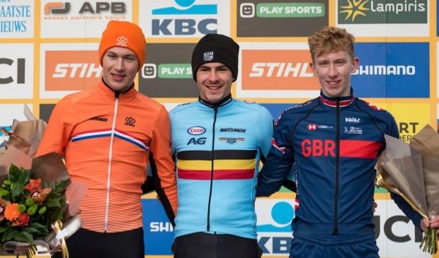 Schiedammer Luke Verburg (links) was in Heusden/Zolder de enige, die de Belgische winnaar Ryan Cortjens enigszins kon volgen. De anderen gooiden de handdoek. (Foto: PR)