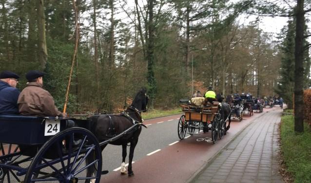 Stoet paard-en-wagens