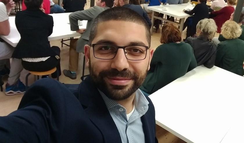 Atik Demir: 'De manier waarop wij onze eigen leerlingen proberen te inspireren bepaaltvoor een deel hun loopbaan'. (foto: privébezit)
