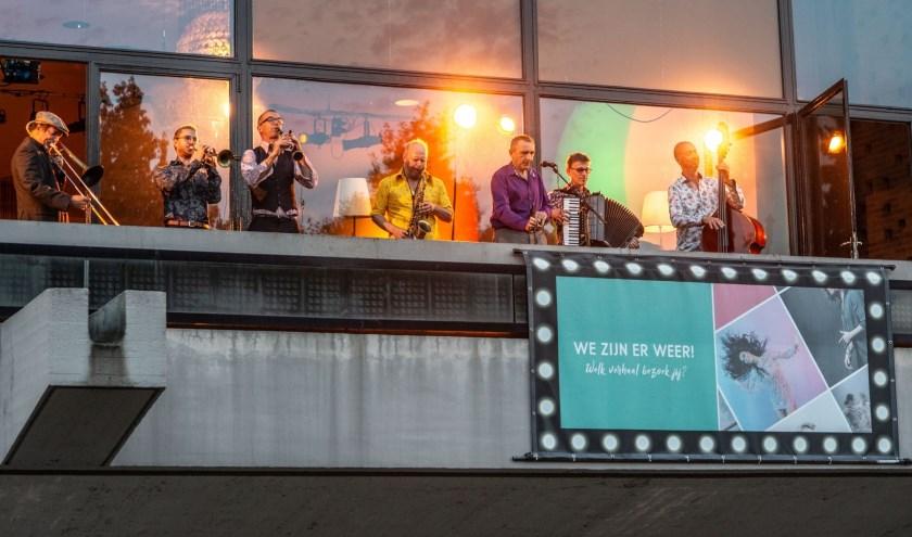 Een balconconcert als opening van seizoen 2018-2019.