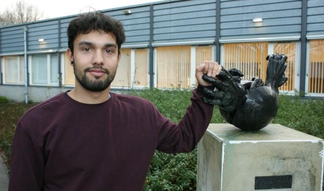 Jaffrey Hossain met hulp van WSD naar creatieve baan bij Defensie. Foto: Marc Cleutjens