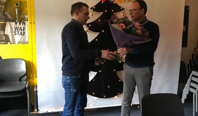 Wethouder Geldens (rechts) en de heer Verspaandonk (links).