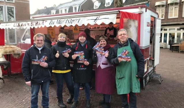Vanaf komende zaterdag nemen de marktkooplieden op zaterdag en woensdag met veel plezier de Proef Wageningen cadeaubon in ontvangst.