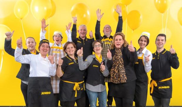 Filiaalmanager Barbara Wagemakers en haar team tijdens de 7 Zekerheden training van de Jumbo Academy op het hoofdkantoor van Jumbo Supermarkten in Veghel. Eigen foto