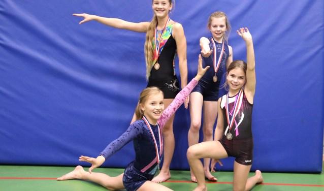 Medaille winnaressen 5e divisie Peeske Beek
