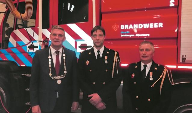 van links naar rechts: Burgemeester Naafs, René Ploeg en Ton Leppers. FOTO: Marcel Bos