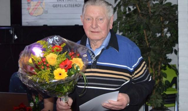 Henk Oldenkotte spande met z'n 60 jaar lidmaatschap de kroon.