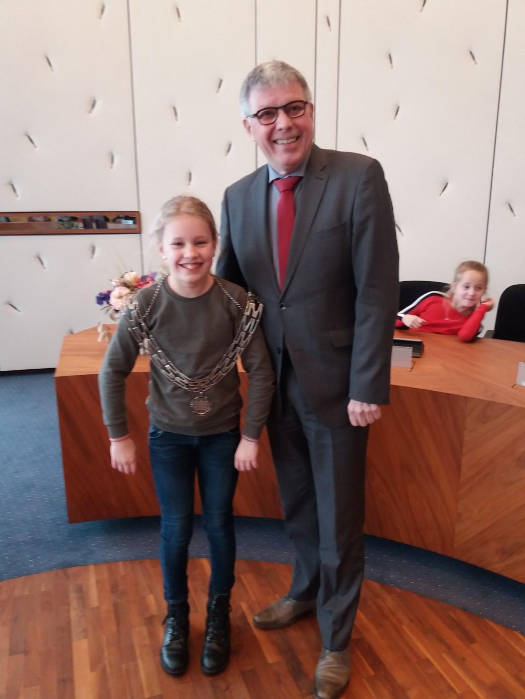 Burgemeester en Emma Foto: M. Stiggelbout © Persgroep