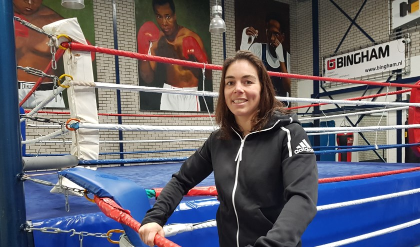 Nouchka Fontijn in de ring bij Mesa Sport. Na de zilveren medaille op het WK en een rustperiode heeft ze de trainingen weer opgepakt. (Foto: Emile Hilgers)