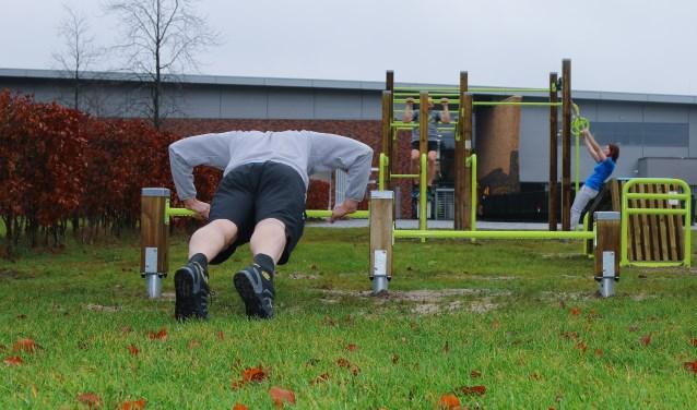 Bij Calisthenics train je met het gewicht van je eigen lichaam.
