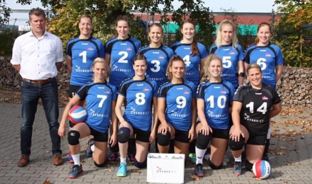 De volleybalsters van Lutheria zijn de winterbreak in de tweede divisie ingegaan op een keurige plek vijf.