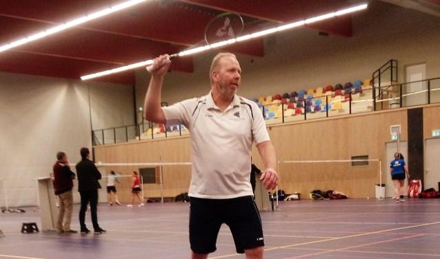 Hans Ubbink in actie in zijn heren enkel spel