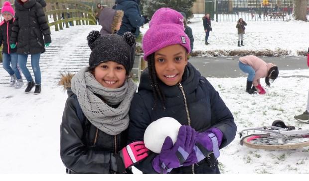 Sneeuwpret in Spijkenisse. Foto: Roel van Deursen