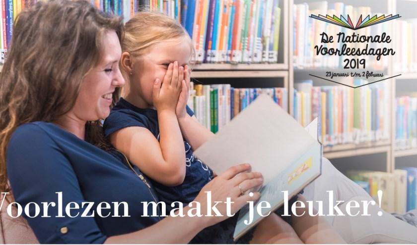 Dat voorlezen aan kinderen belangrijk is, zal voor de meeste ouders geen nieuws zijn. Door een kwartiertje per dag voor te lezen neemt de lees- en taalvaardigheid van kinderen toe. FOTO: PR