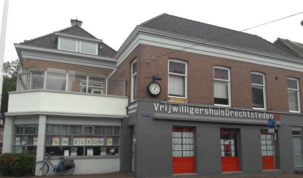 Vrijwilligershuis Drechtsteden. (foto: Arco van der Lee)