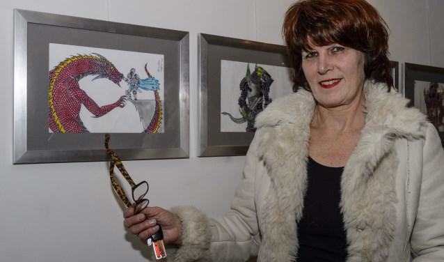 Voor de derde keer exposeren debuterende kunstenaars uit de regio hun werk in de foyer van de Kattendans.