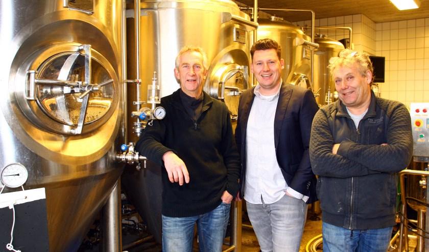 Vlnr: bierbrouwers Henry Thissen, Fokke Roeland en PietKees Roeland. Met het 'beste van beide' gaan de brouwerijen intensief samenwerken.