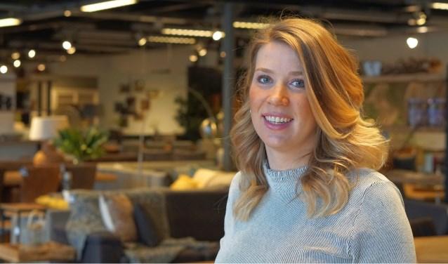 Britt is styliste bij Woon & Slaap. Ze vertelt deze week over karakter en kleur. Foto: Flory Timmer