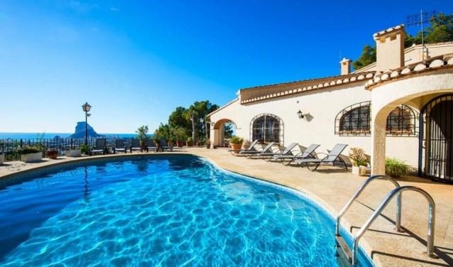 Luxe villa Spanje met zeezicht