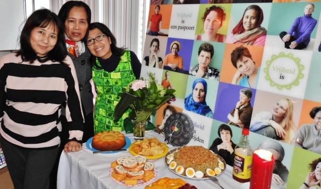 Het motto van de Zeeuwse Wereldvrouwen, van, door en voor vrouwen kwaliteiten ontwikkelen en kansen vergroten.  FOTO: Joke Bot