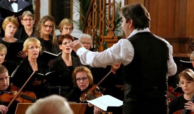 Wie mee wil zingen in het herdenkingsconcert, kan nu eens komen kijken.