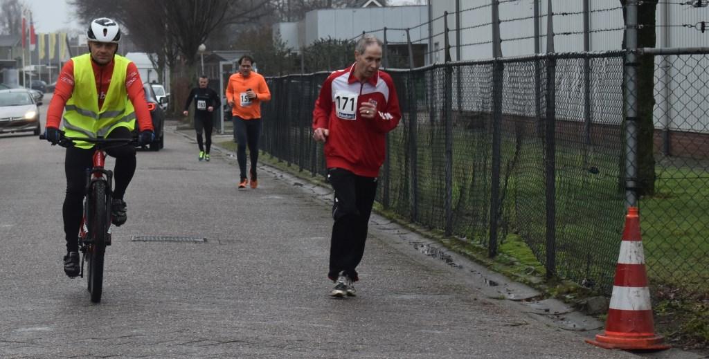 Op de voorgrond J.S.M. Lammertink, gevolgd door Bart Knol en Ronny Rikkert, allen uit Enter.  © Persgroep