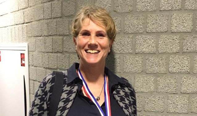 Feikje Wittermans zwemt Nederlands Master Record en wint goud