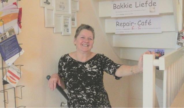 Jacqueline is één van de 30 zeer actieve vrijwilligers. Inmiddels doet ze dit al 30 jaar en is in 2013 zelfs  tot Lid in de Orde van Oranje - Nassau benoemd voor al haar verdiensten. Foto:Patricia van den Blink