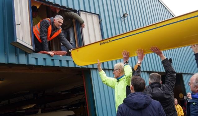 Roeivereniging de Drie Provinciën in Katwijk heeft zaterdag onder grote belangstelling het nieuwe clubhuis feestelijk geopend. (foto: Tom Oosthout)