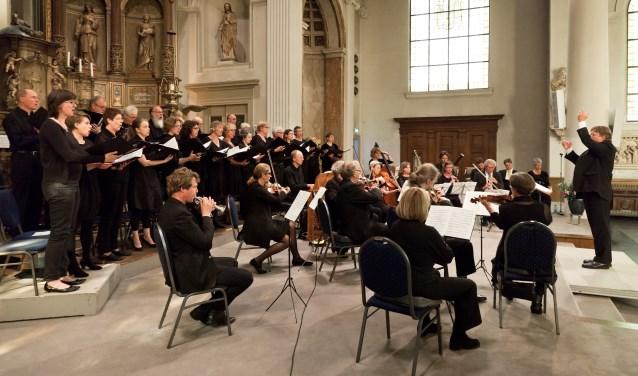 Amersfoorts Cantatekoor en -orkest o.l.v. Bas Ramselaar.