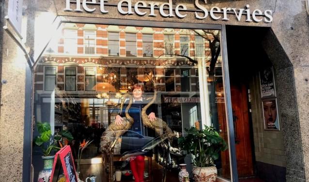 Servies Winkel Rotterdam.Hannie Mans Van Het Derde Servies Wil Zakenvrouw Van Het Jaar Worden