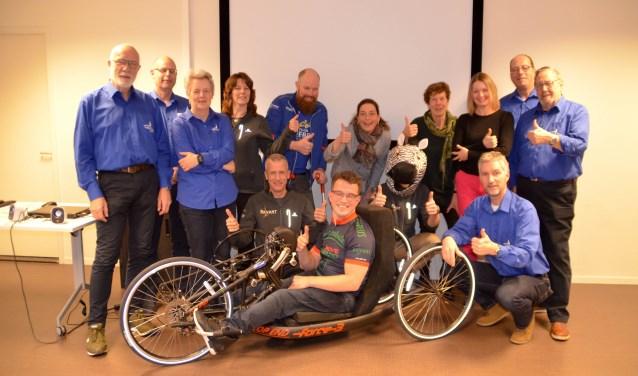 Ook het Team Zeebra is blij met de donatie van AMGEN en de Singelloop. Want de vastframe handbikes worden tevens ingezet voor de HandbikeBattle waar Revant deze zomer voor de derde keer aan meedoet.