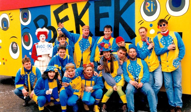 Met de Kijkdoos trok Fios Denzo in 1997 veel bekijks. Wat zij voor hun jubileumjaar bekokstoofd hebben, blijft nog even een verrassing.
