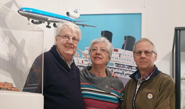 Leon Schuijt (links), zijn vrouw Marijke en rechts Jan van den Bor. (Foto: Privé)
